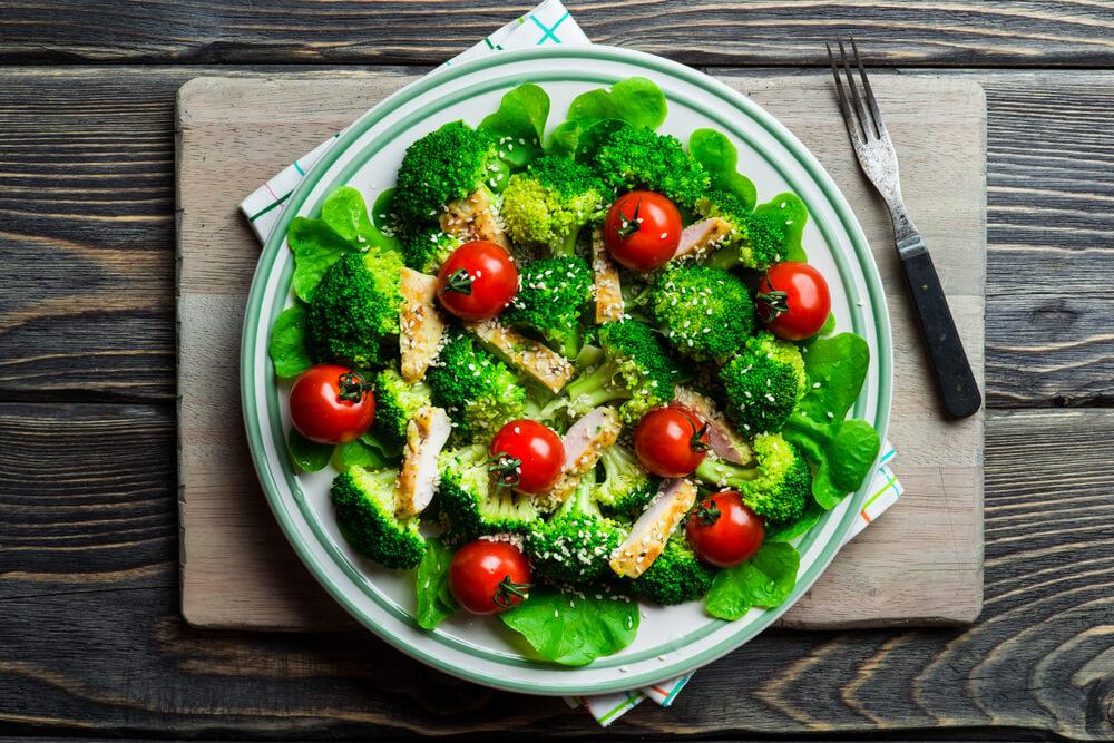 Овощные салаты с брокколи