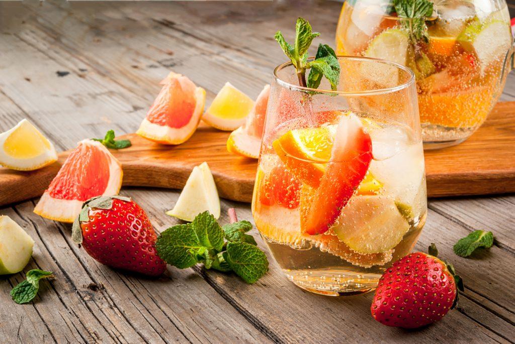 Essential Oil Summer Mocktails