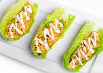 Buffalo Chicken Lettuce Snacker